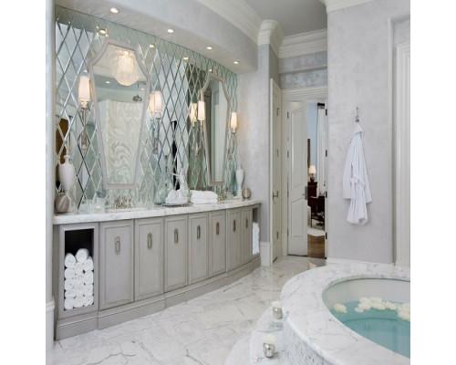 Зеркальное панно для ванной комнаты в классическом стиле